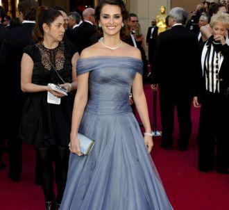 Penelope Cruz sur le tapis rouge des Oscars 2012