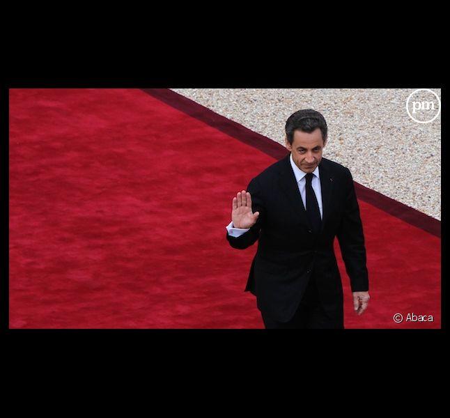 Nicolas Sarkozy doit-il faire le bilan de son quinquennat à la télévision ?