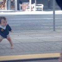 Pub : Evian fait de nouveau danser des bébés !