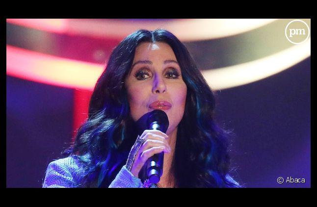 Cher de retour dans le top 5 des charts britanniques.