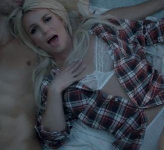 Britney Spears dévoile le clip de 'Perfume'