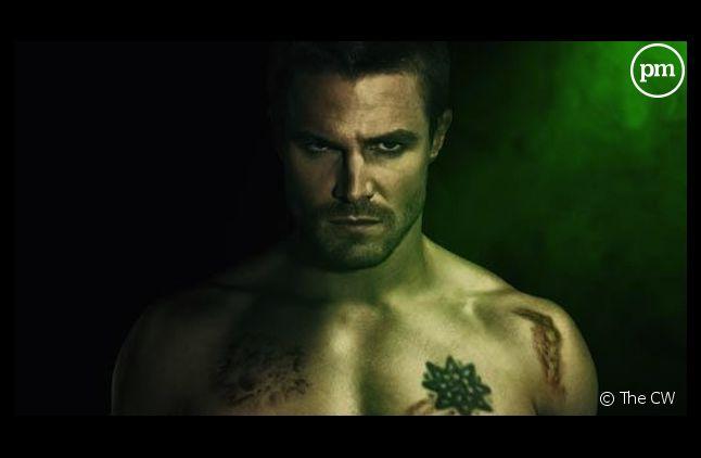 """""""Arrow"""" est renouvelée pour une saison 3, comme 4 autres séries de The CW"""