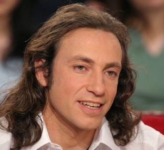 Philippe Candeloro répond aux critiques concernant ses...