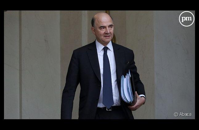 """Pierre Moscovici retire sa plainte en diffamation contre """"Valeurs actuelles"""""""