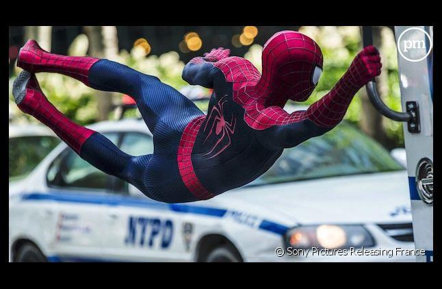 """""""The Amazing Spider-Man : le destin d'un Héros"""" démarre en tête du box-office US"""