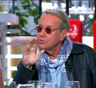 Yves Rénier : 'Les flics sont assez fachos'.