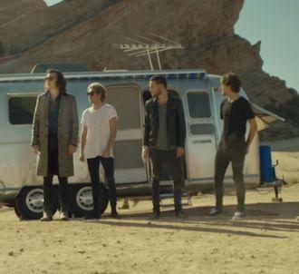 One Direction dans le clip de 'Steal My Girl'