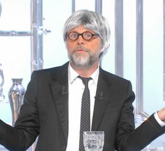 Stéphane Guillon se paye Penelope Fillon.