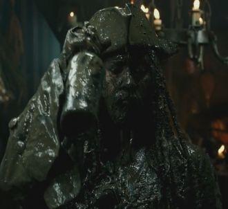Bande-annonce de 'Pirates des Caraïbes : La Vengeance de...