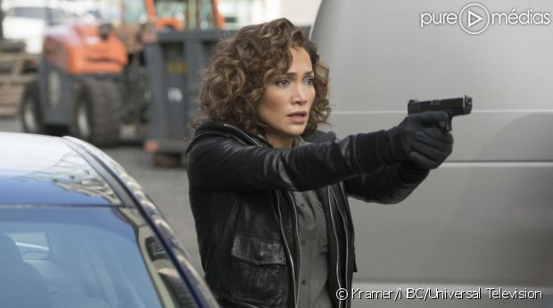 "Jennifer Lopez dans ""Shades of Blue"""