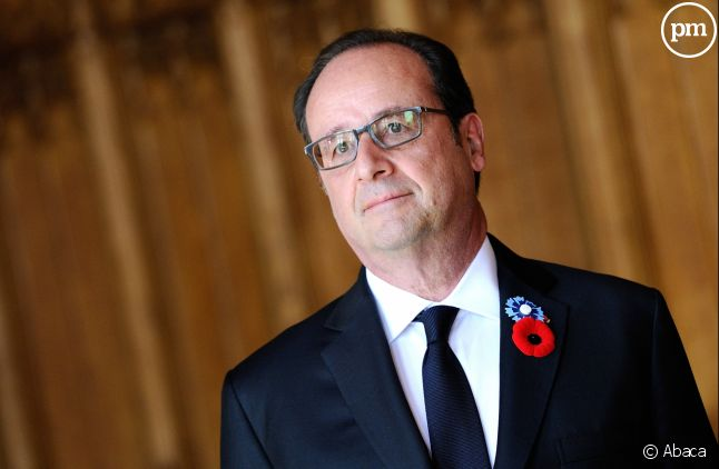 "François Hollande sort de son silence dans ""Le Point""."