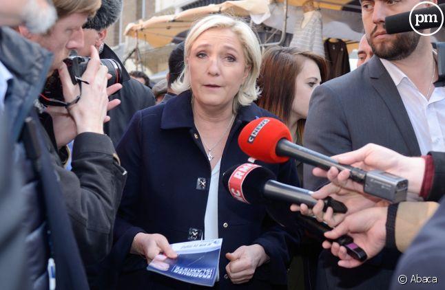 Marine Le Pen trie les médias qui peuvent la suivre.