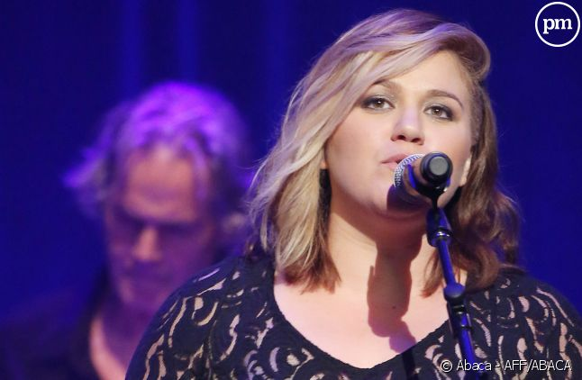 "Kelly Clarkson rejoint ""The Voice"" aux Etats-Unis"