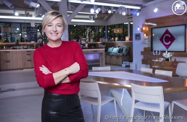 """Anne-Elisabeth Lemoine présente """"C à vous"""" du lundi au vendredi sur France 5"""