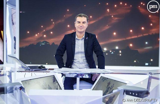 """Laurent Luyat présentateur du """"JO Club"""" sur France 2"""