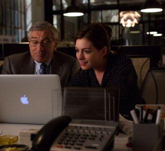 Robert De Niro et Anne Hathaway dans 'Le Nouveau stagiaire'