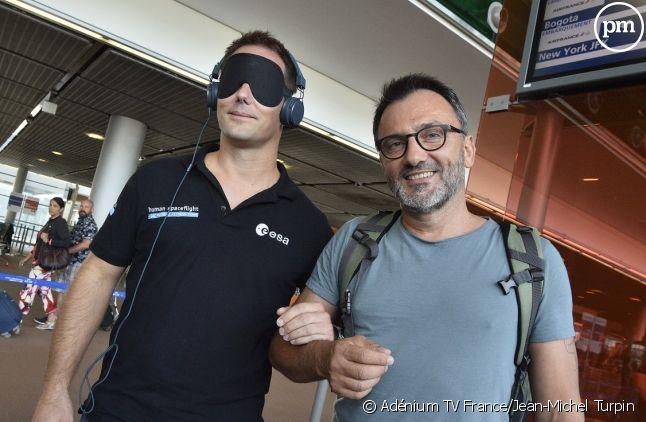 Thomas Pesquet et Frédéric Lopez à l'aéroport