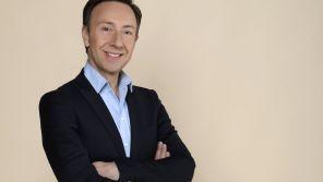 """""""Si les murs pouvaient parler"""" : Stéphane Bern lance son nouveau programme historique ce soir sur France 2"""