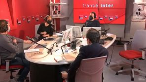 Thomas Sotto s'incruste sur l'antenne de France Inter pour surprendre Léa Salamé