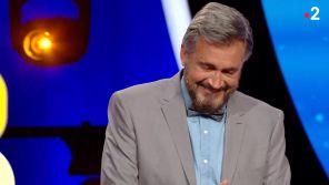 """""""Tout le monde a son mot à dire"""" : Olivier Minne pris d'un fou rire après une histoire de """"P"""""""
