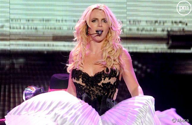 """Britney Spears sur scène dans le cadre du """"Femme Fatale Tour"""""""