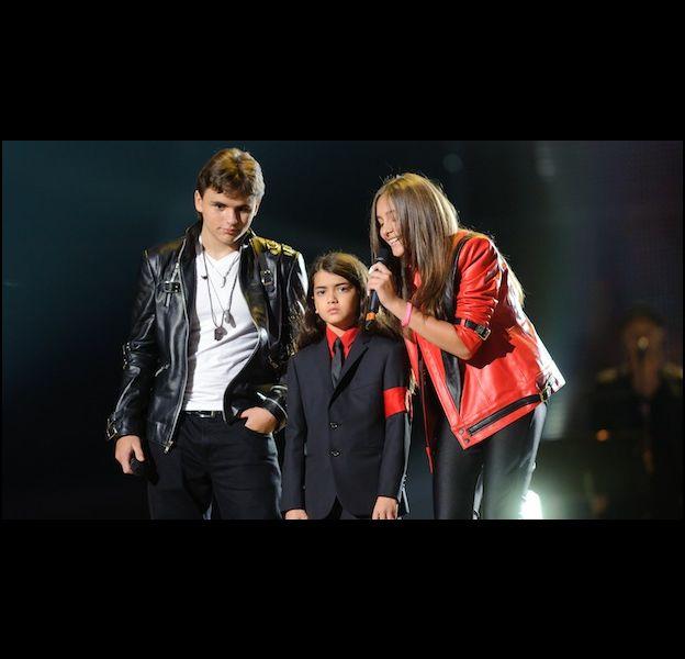 Prince, Blanket et Paris, les enfants de Michael Jackson lors du concert hommage à leur père le 8 octobre 2011