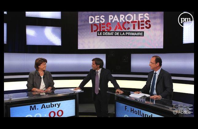 David Pujadas arbitre le débat entre Martine Aubry et François Hollande, le 12 octobre 2011 sur France 2