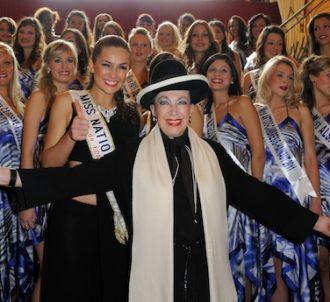 Geneviève de Fontenay et les candidates de 'Miss Prestige...