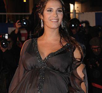 Elisa Tovati sur le tapis rouge des 'NRJ Music Awards...