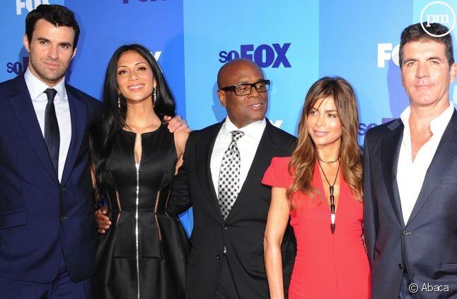 Steve Jones, Nicole Scherzinger, L.A. Reid, Paula Abdul et Simon Cowell