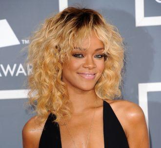 Rihanna sur le tapis rouge des Grammy Awards 2012