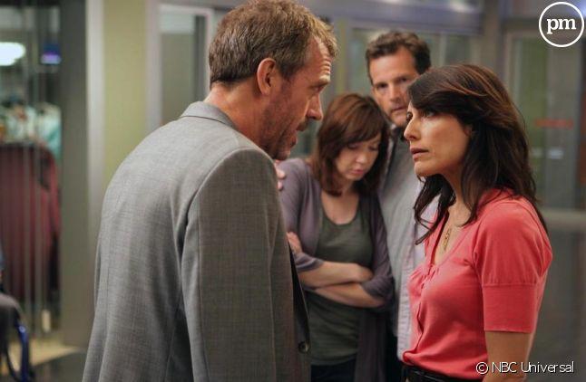 "Hugh Laurie et Lisa Edelstein dans ""Dr House"""