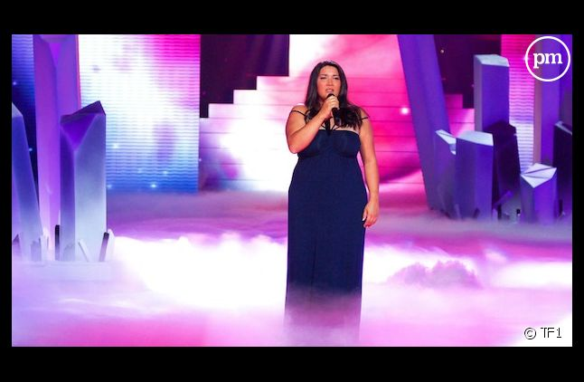 "Amalya sur le plateau de ""The Voice"""