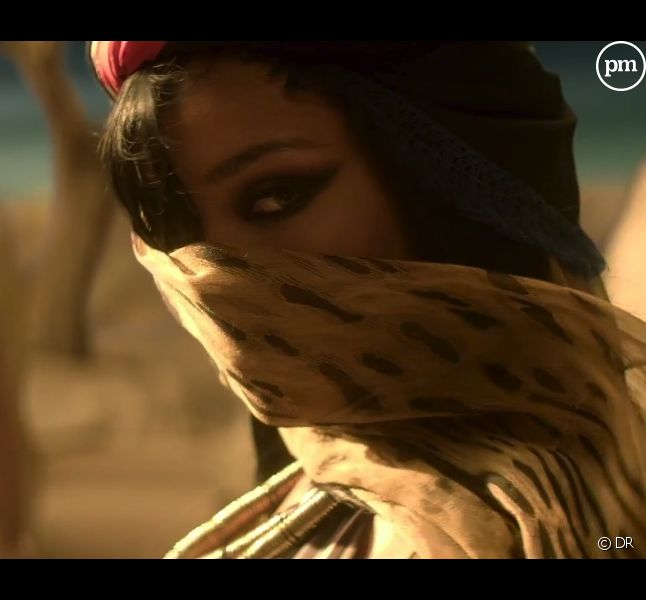 "Rihanna dans le clip de ""Where Have You Been"""