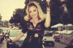 """Clip : Madonna se balade en voiture avec de jeunes gens pour """"Turn Up The Radio"""""""