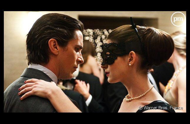 """The Dark Knight Rises"" s'impose largement en tête du box-office"