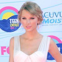 Charts US : Taylor Swift reste en tête malgré une nette chute de ventes