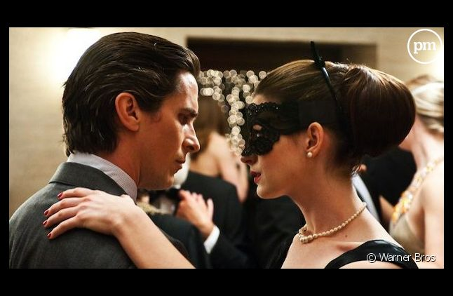 """<p>Christian Bale et Anne Hathaway dans une scène du film """"The Dark Knight Rises"""" de Christopher Nolan.</p>"""