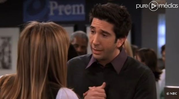 "Ross (David Schwimmer) face à Rachel (Jennifer Aniston) dans la dernière saison de ""Friends"""