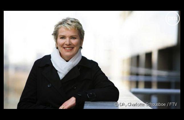 """Elise Lucet, présente """"Cash investigation"""""""