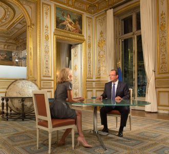 François Hollande interrogé par Claire Chazal, le 15...