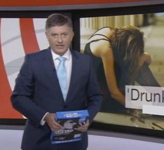BBC : Simon McCoy confond son iPad avec une ramette de...
