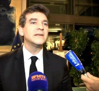 Arnaud Montebourg agacé face à des journalistes : 'Coupez...