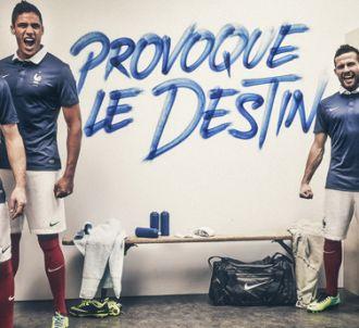 Le maillot de l'équipe de France de football.