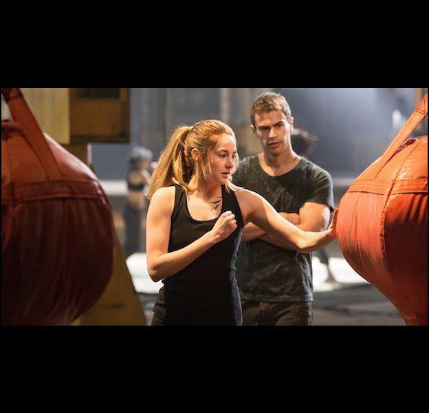 """Shailene Woodley et Theo James dans """"Divergente"""""""