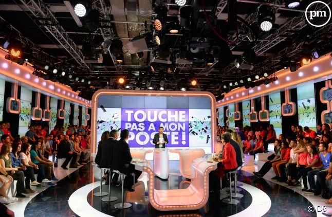 """Du 14 au 23 mai, """"Touche pas à mon poste"""" a réuni 1,1 million de téléspectateurs en moyenne."""