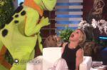 "Ellen DeGeneres terrorise une des stars de ""Modern Family"""