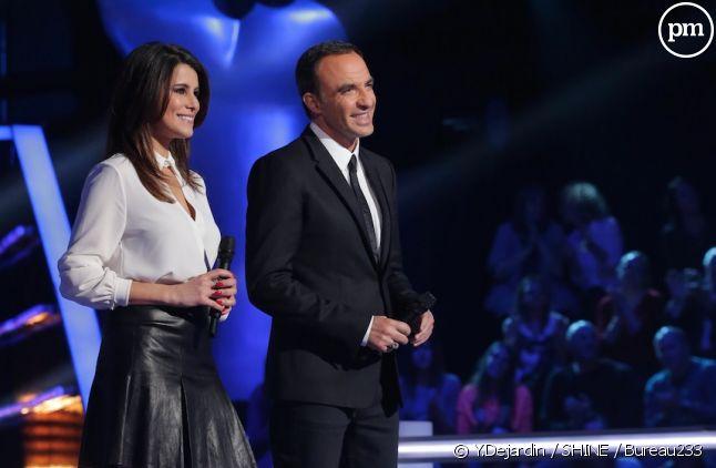 """Karine Ferri et Nikos Aliagas dans """"The Voice"""" 2015"""