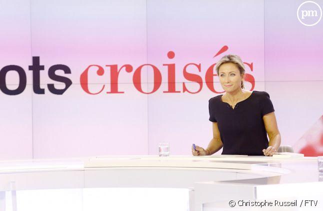 """Anne-Sophie Lapix ne présentera plus """"Mots Croisés"""""""