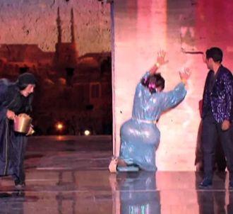 Grosse chute de Michaël Youn au 'Marrakech du Rire'